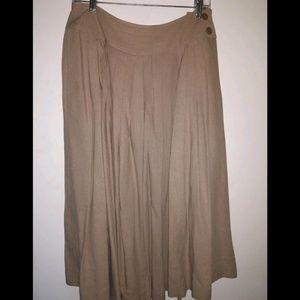 Dresses & Skirts - Vintage 100% raw silk skirt